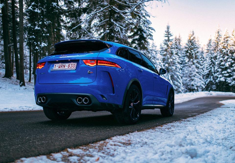 Jaguar F-Pace SVR achterkant
